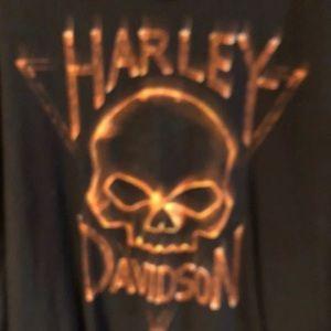 Men's Harley shirt.